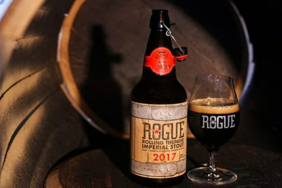 Rogue Rolling Thunder Imperial Stout 2017 BeerPulse